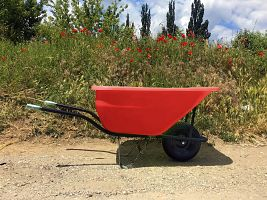 Hospodársky fúrik Ferex 180 l červený - nafukovacie koleso