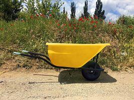 Hospodársky fúrik Ferex 180 l žltý - nafukovacie koleso