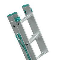 Výsuvný hliníkový rebrík ovládaný lanom 2 x 14