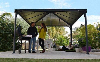 Ako využiť záhradný altánok pre zábavu, oddych aj prácu? Poradíme vám, ako na to