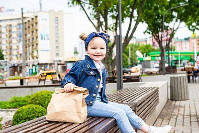 Parkové lavičky pre malých aj veľkých? Vyberte si slovenskú kvalitu