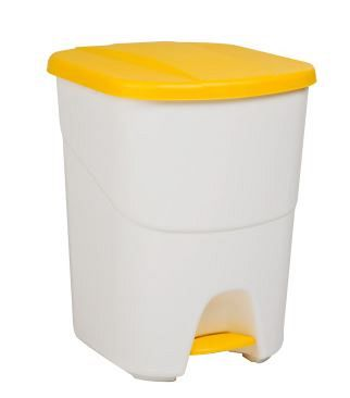 Plastový odpadkový kôš so žltým vekom